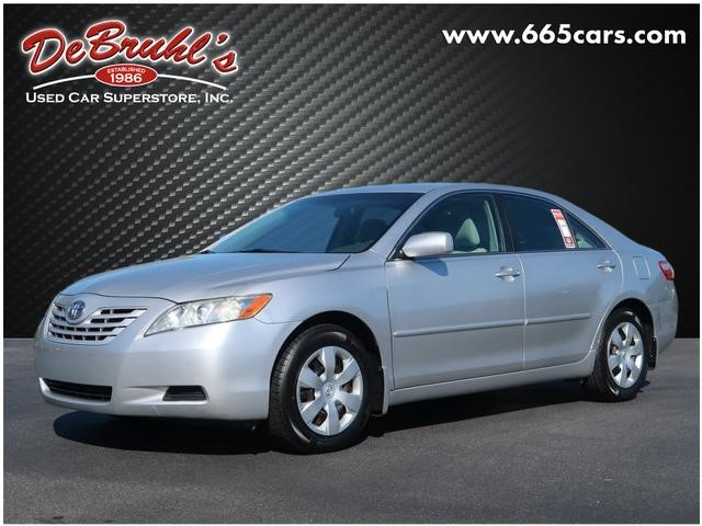 Picture of a used 2009 Toyota Camry LE