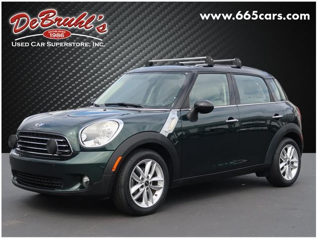 Picture of a used 2011 MINI Cooper Countryman Base