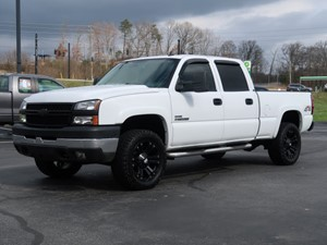 Picture of a 2006 Chevrolet Silverado 2500HD LT1