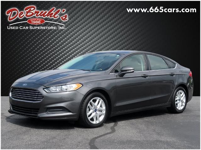 Picture of a used 2016 Ford Fusion SE