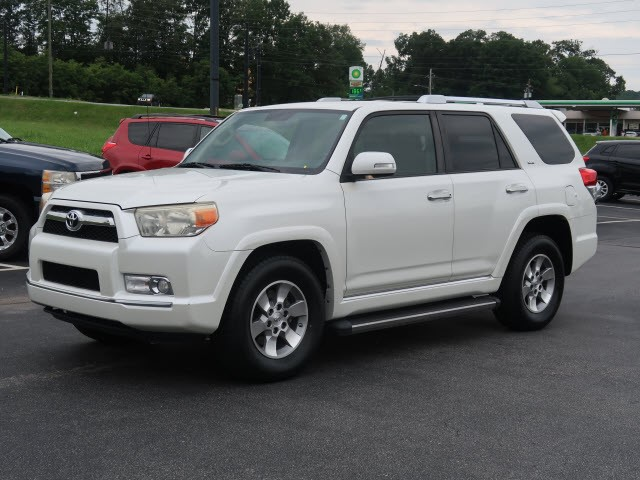 Picture of a used 2010 Toyota 4Runner SR5
