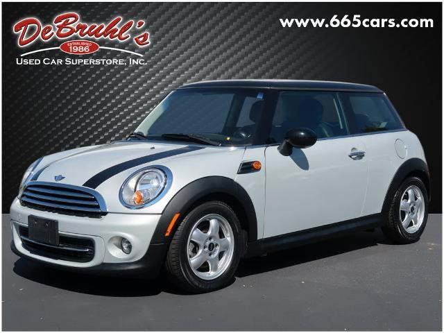 Picture of a used 2011 MINI Cooper Base