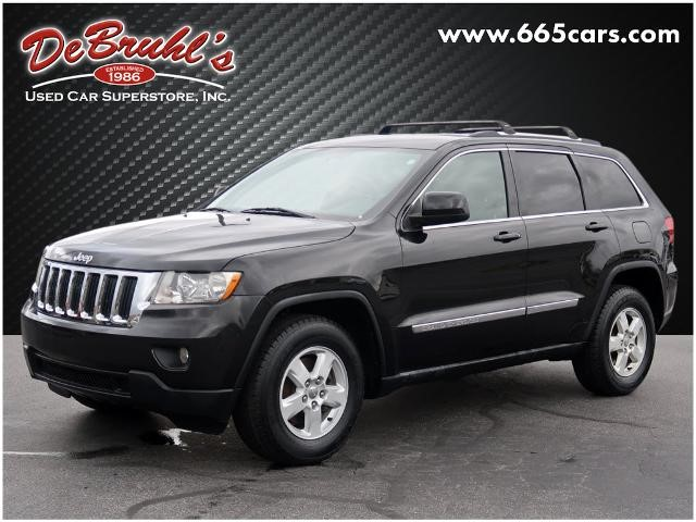 Picture of a used 2011 Jeep Grand Cherokee Laredo