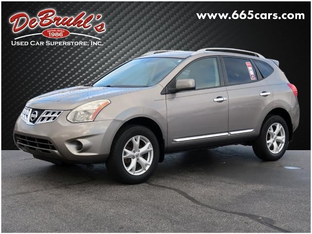 Picture of a used 2011 Nissan Rogue SV