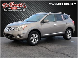 Picture of a 2011 Nissan Rogue SV