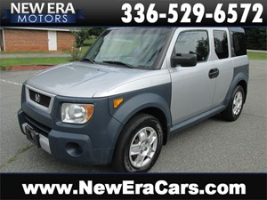 Picture of a 2006 Honda Element LX Auto! Cheap!