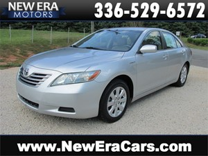 Picture of a 2007 Toyota Camry Hybrid Sedan Nice! Cheap!