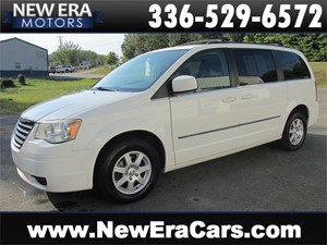 Picture of a 2010 Chrysler Town & Country Touring Nice! Clean!