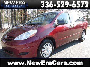 Picture of a 2008 Toyota Sienna LE FWD 7-Passenger
