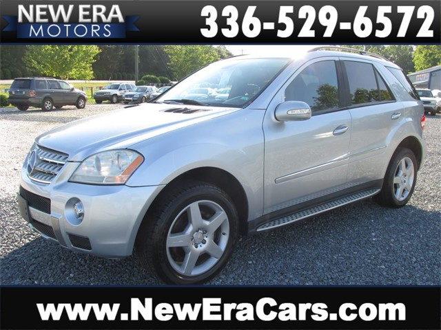 Mercedes-Benz M-Class ML550, Leather, AWD, V8! in Winston Salem