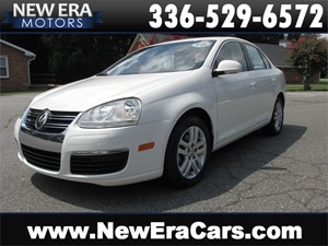 Picture of a 2005 Volkswagen Jetta TDI, 1 Owner, NO Accidents, 40+MPG