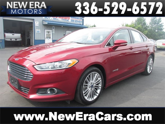 Ford Fusion Hybrid SE, 1 Owner, NO Accidents in Winston Salem