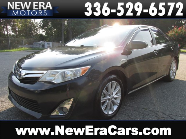 Toyota Camry Hybrid XLE, 1 Owner, NO Accidents in Winston Salem