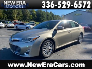 Picture of a 2015 TOYOTA AVALON HYBRID