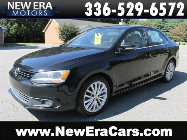 Volkswagen Jetta SEL, Well Equipped, Leather in Winston Salem