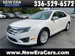 Picture of a 2010 FORD FUSION HYBRID