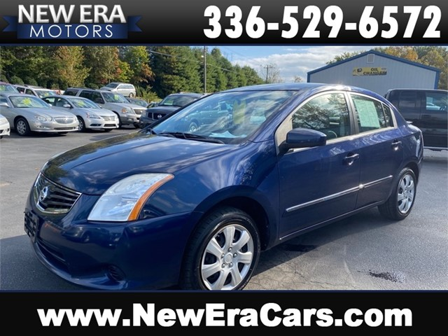 NISSAN SENTRA 2.0 S 35mpg 2 owner CLEAN in Winston Salem