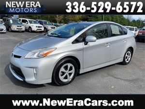 Picture of a 2012 TOYOTA PRIUS 2 owners 55+mpg Clean