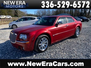 Picture of a 2007 CHRYSLER 300C 1 OWNER Leather Loaded CLEAN HEMI