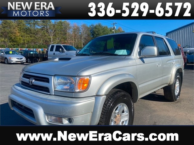 TOYOTA 4RUNNER SR5 4x4 Clean Southern owned in Winston Salem