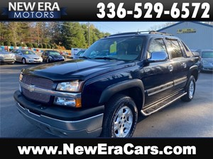 Picture of a 2004 CHEVROLET AVALANCHE 4X4 2 Owner Tons of Service CHEAP