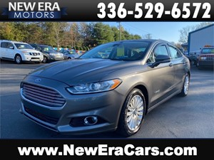 Picture of a 2013 FORD FUSION SE HYBRID-COMING SOON