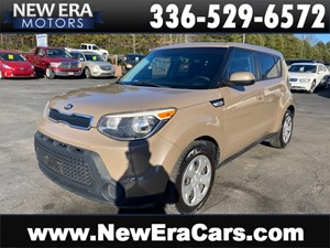 Picture of a 2015 KIA SOUL BASE LOW MILES