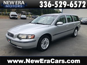 Picture of a 2004 VOLVO V70 NO ACCIDENTS SO. OWNED