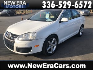 Picture of a 2009 VOLKSWAGEN JETTA SE