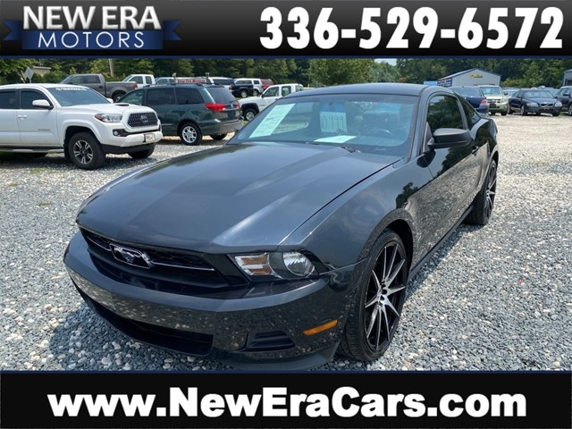 FORD MUSTANG PREMIUM GOOD SERVICE! COOL COUPE!!! in Winston Salem