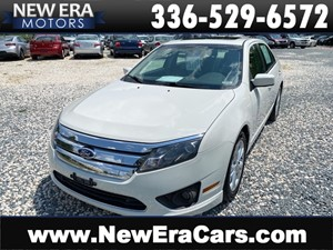 Picture of a 2012 FORD FUSION SE 3 OWNERS